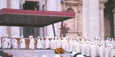 catholic_bishops_at_papal_funeral