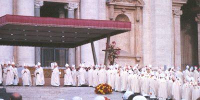 catholic_bishops_at_papal_funeral